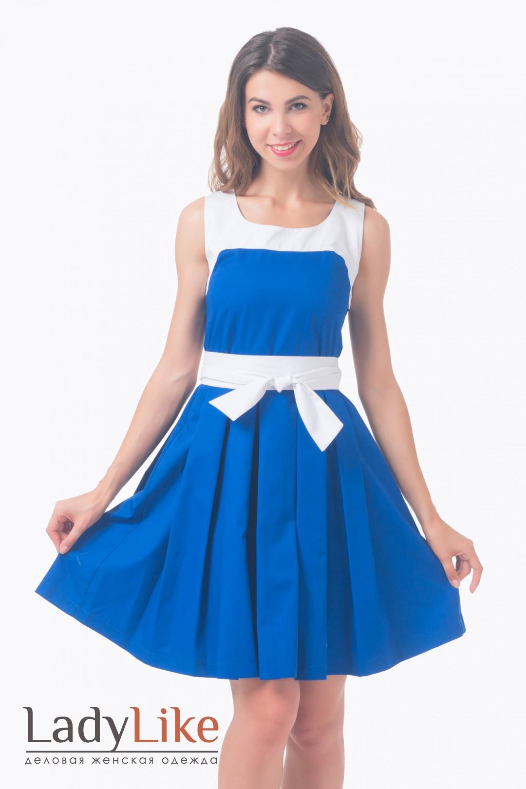 Синие платье с пышной юбкой