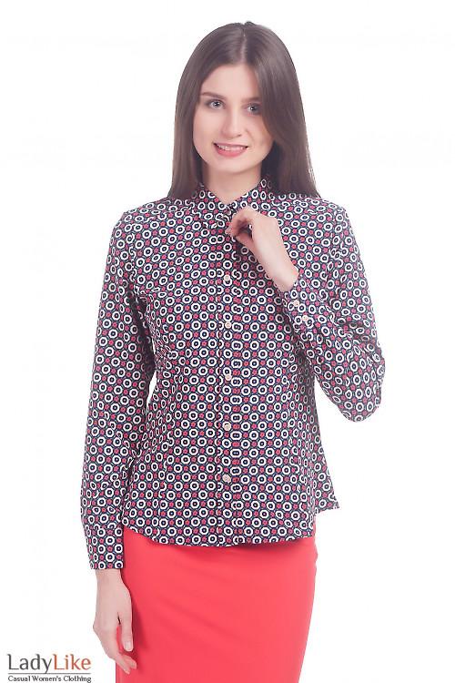 Фото Блузка в красные цветочки Деловая женская одежда