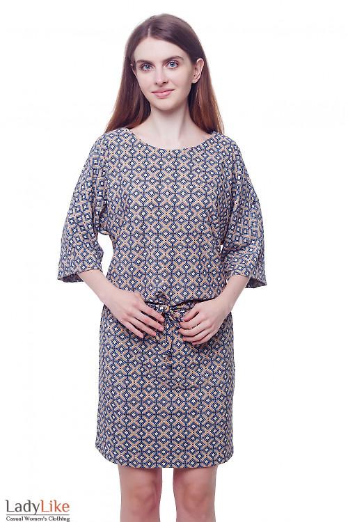 Платье трикотажное в бежевый ромбик Деловая женская одежда фото