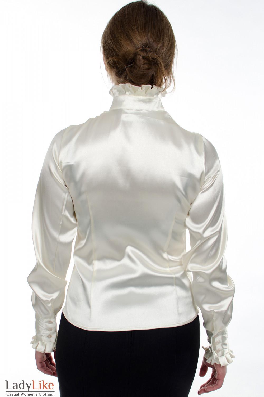 Блузка молочная с рюшами вид сзаду Деловая женская одежда