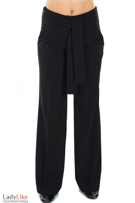 Брюки черные с поясом вид спереди Деловая женская одежда