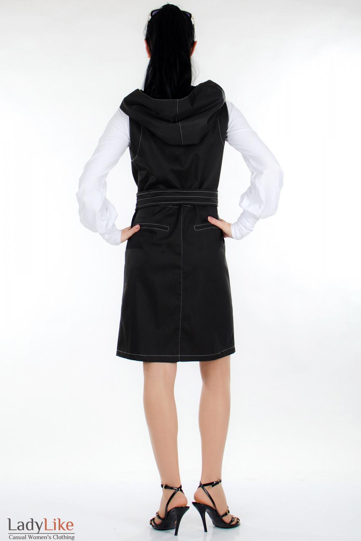 Плащ черный с капюшоном вид сзади Деловая женская одежда