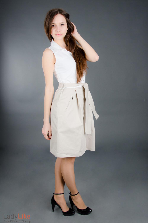 Платье бежевое с поясом Деловая женская одежда