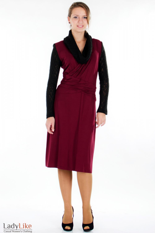 Платье бордо с вязаными рукавами Деловая женская одежда