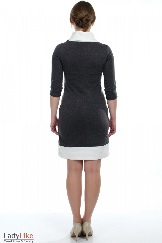 платье черное с белым воротником.