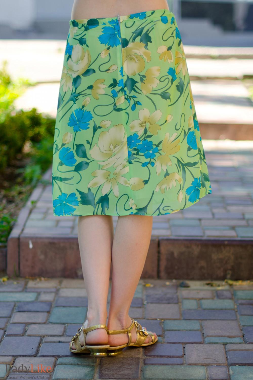 Юбка зеленая из тонкого шифона вид сзади Деловая женская одежда