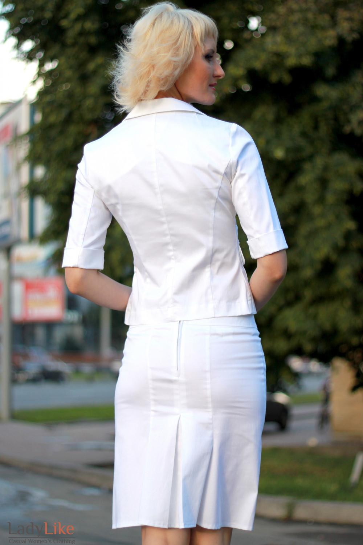 Жакет летний белый вид сзади Деловая женская одежда