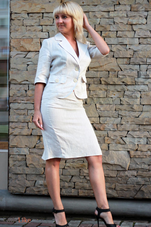 Жакет льняной бежевый Деловая женская одежда