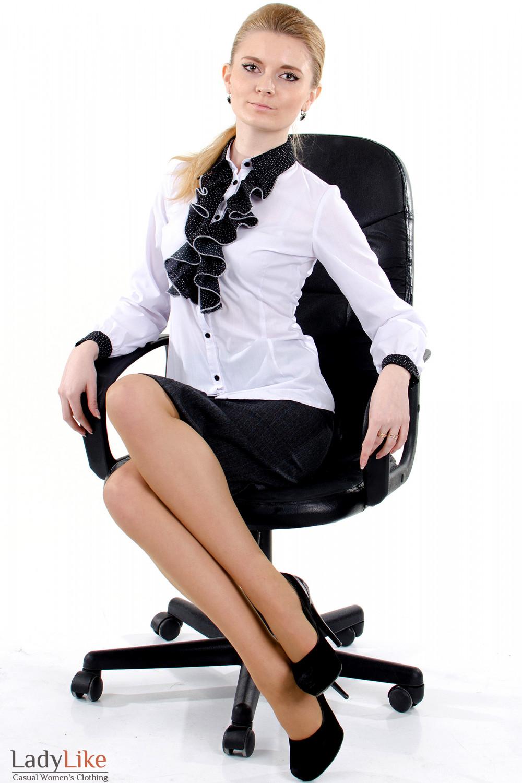 Фото 1 Блузка белая с черным жабо Деловая женская одежда