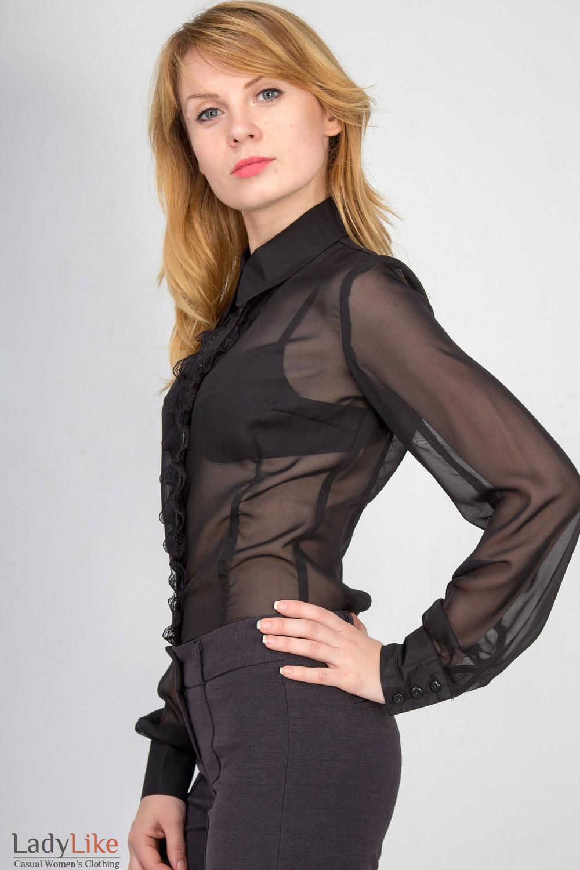 Фото Блузка черная с рюшью-кружевом. Вид сбоку Деловая женская одежда