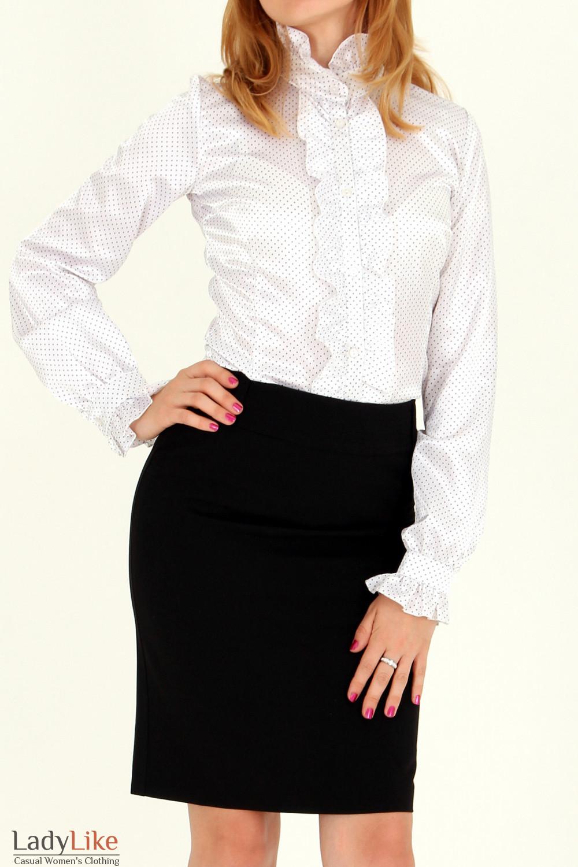 Фото Блузка в мелкий горошек с рюшами вид спереди Деловая женская одежда