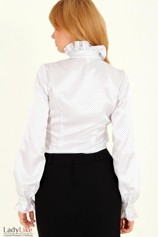 Фото Блузка в мелкий горошек с рюшами вид сзади Деловая женская одежда