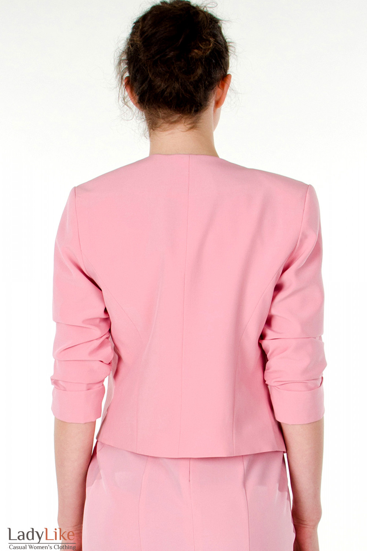 Фото  Болеро розовое вид сзади Деловая женская одежда