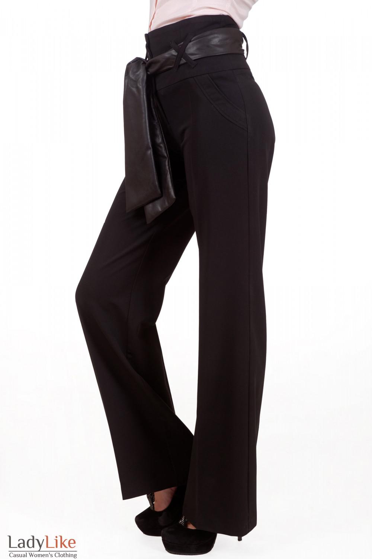 Фото Брюки с высокой талией и поясом Деловая женская одежда