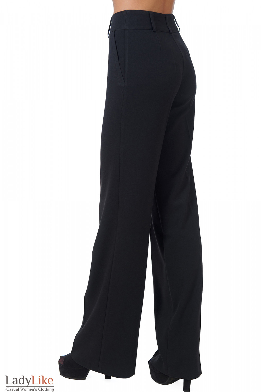 Фото Брюки черные теплые с завышенной талией вид сбоку Деловая женская одежда