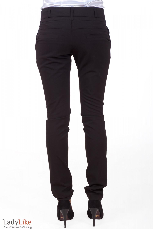 Фото Брюки черные зауженные с двойным поясом вид сзади Деловая женская одежда