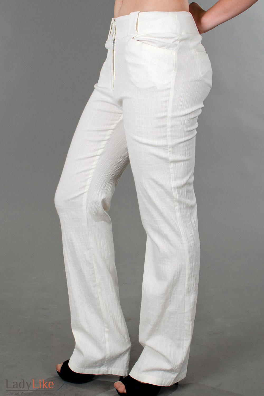 Фото Брюки молочные льняные вид слева Деловая женская одежда