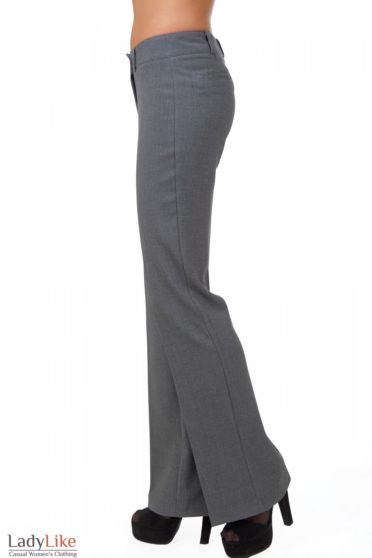 Фото Брюки серые теплые вид сбоку Деловая женская одежда