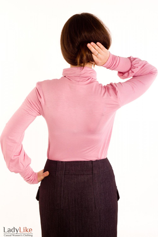 Фото Гольф бледно-розовый.Вид сзади Деловая женская одежда