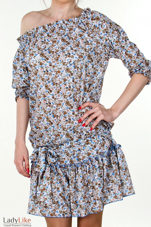 Фото Платье белое с открытыми плечами вид спереди Деловая женская одежда