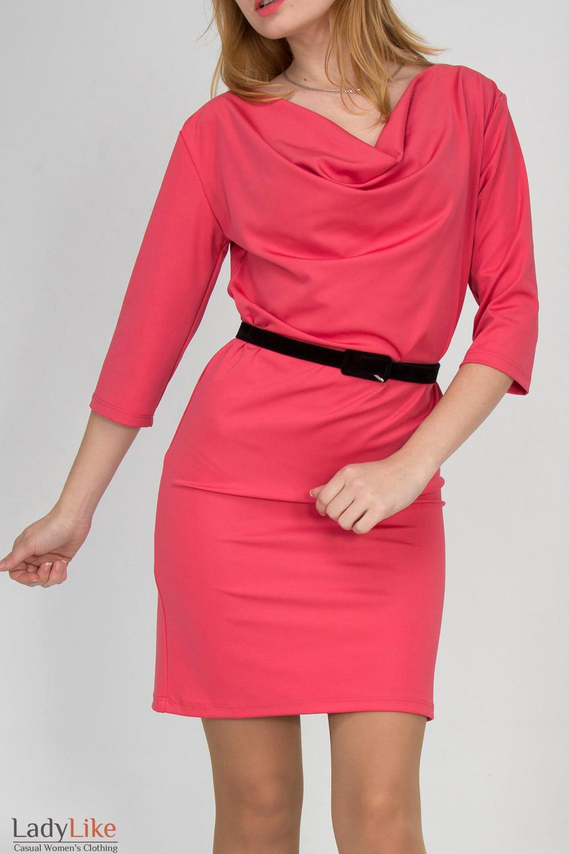 Фото Платье с качелькой коралловое Деловая женская одежда