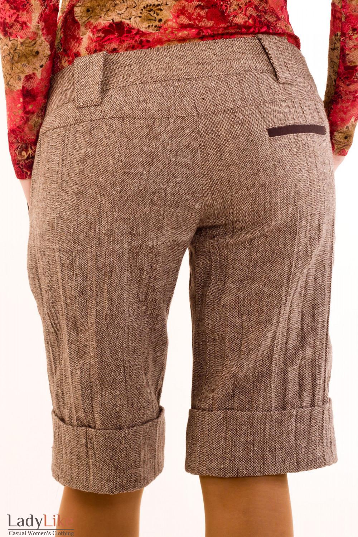 Фото Шорты коричневые из  твида. Вид сзади Деловая женская одежда