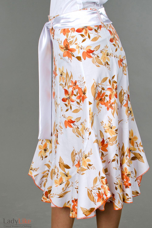 Фото Юбка годе в оранжевые цветочки вид сбоку Деловая женская одежда
