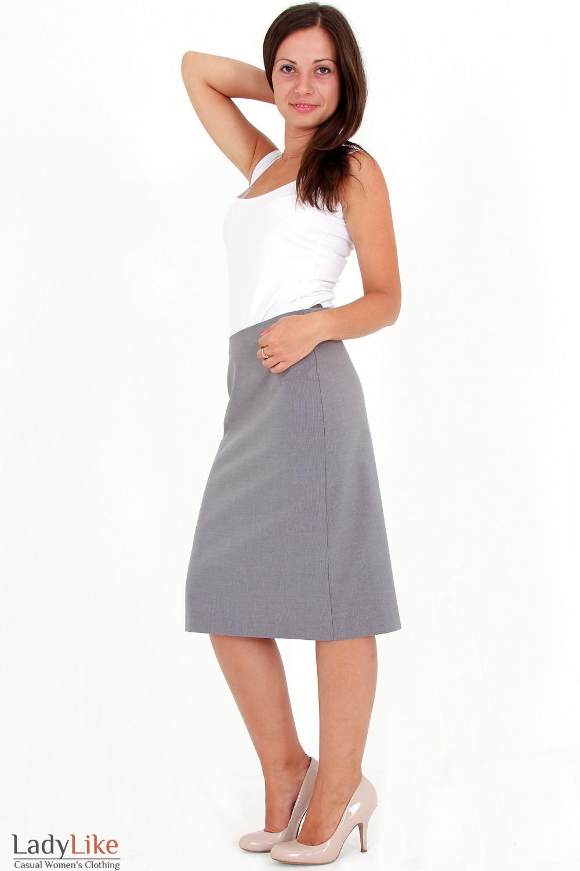 Фото Юбка серая в мелкую полоску вид сбоку Деловая женская одежда