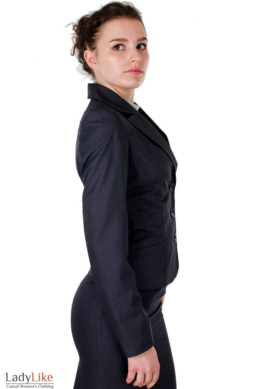 Фото Жакет графитовый с карманами вид сбоку Деловая женская одежда