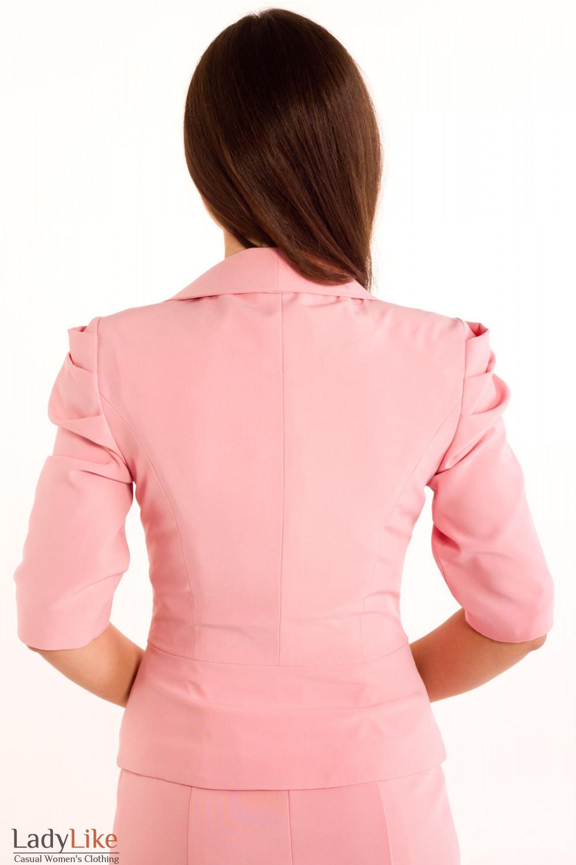 Фото Жакет нежно-розового цвета Деловая женская одежда