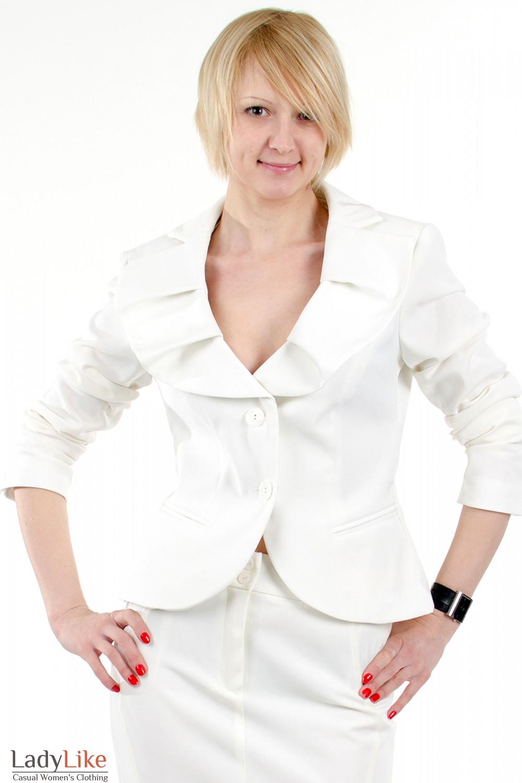 Фото Жакет с круглым воротником. Вид спереди Деловая женская одежда