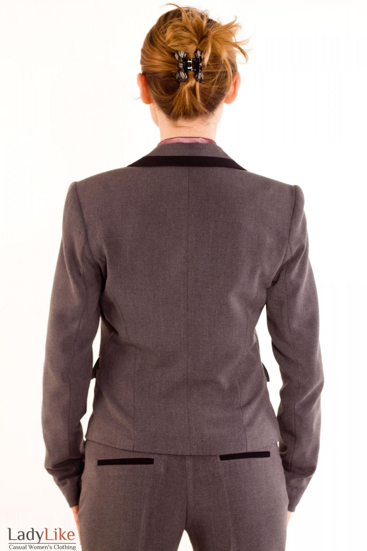 Фото Жакет темно-серый с черными вставками. Вид сзади Деловая женская одежда