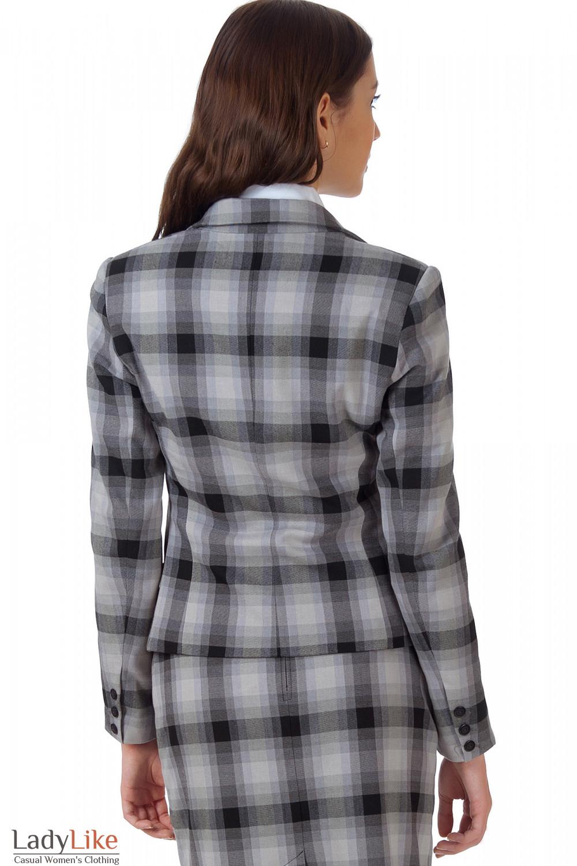 Фото Жакет в серую клетку вид сзади Деловая женская одежда