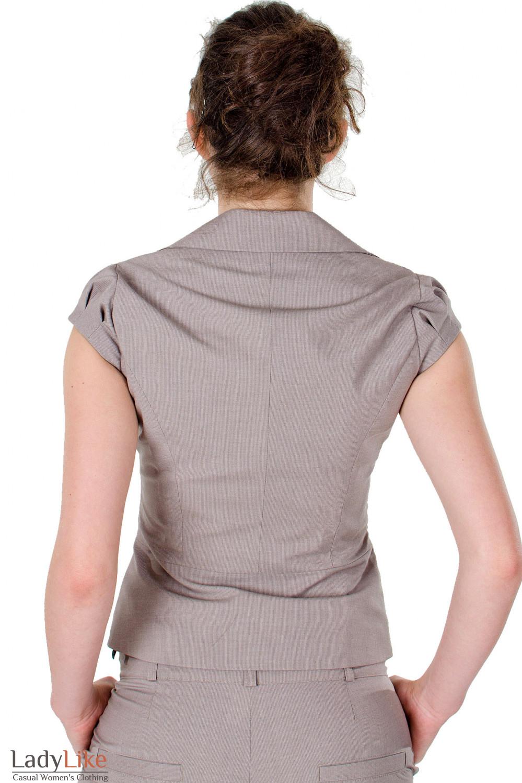 Фото Жилет в мелкую бежевую полоску вид сзади Деловая женская одежда