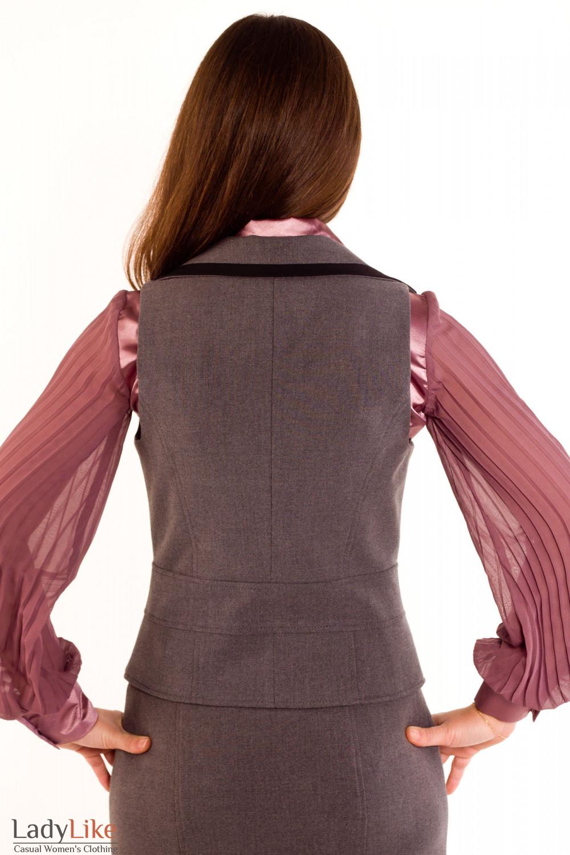 Фото Жилетка темно-серая с воротником. Вид сзади Деловая женская одежда
