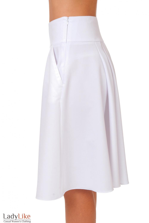 Купить белую юбку-солнцеклеш Деловая женская одежда