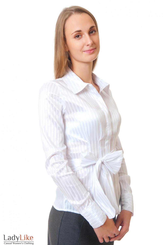 Купить белую блузку с поясом Деловая женская одежда