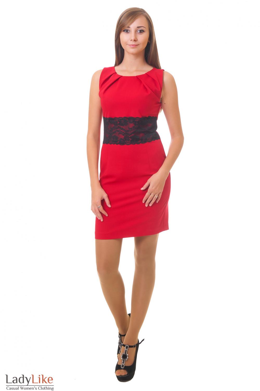 Нарядное красное платье с защипами Деловая женская одежда