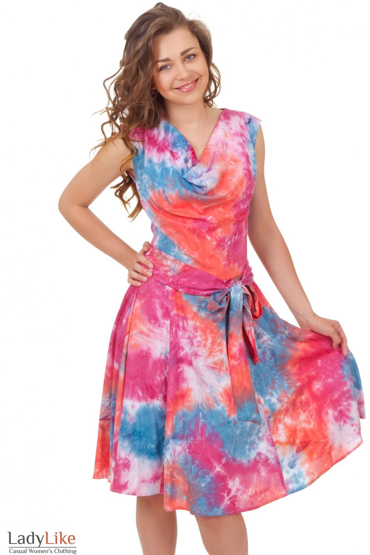 Платье с качелькой в розовые цветы Деловая женская одежда