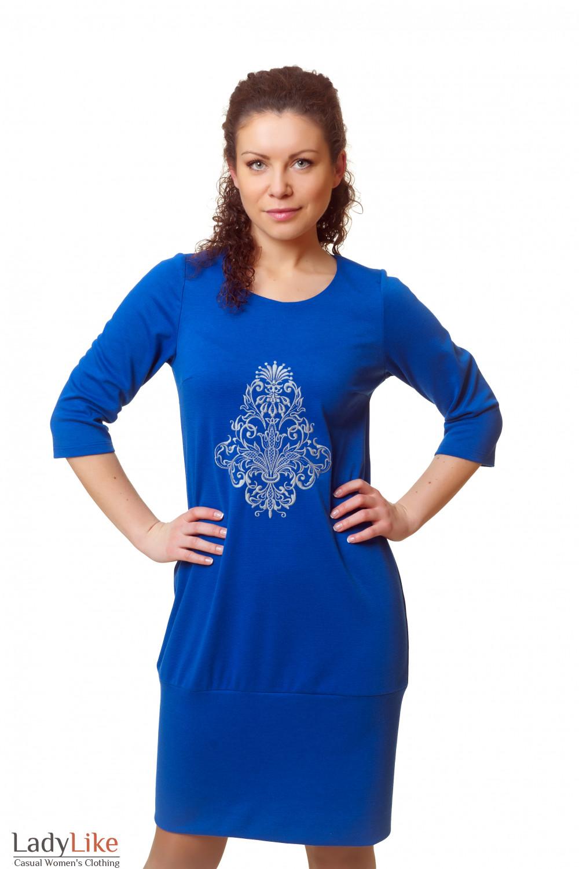 Купить трикотажное платье с вышивкой Деловая женская одежда