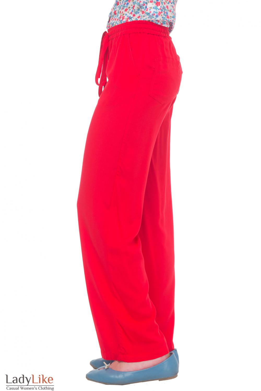 Купить красные брюки Деловая женская одежда