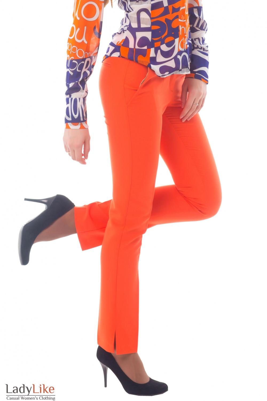Купить женские оранжевые брюки Деловая женская одежда