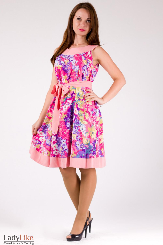 Фото Платье-трапеция в розовые цветочки Деловая женская одежда