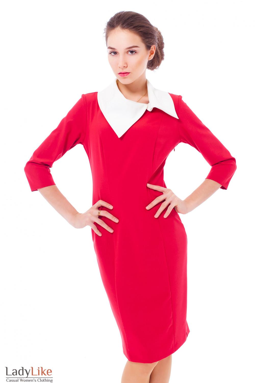 Платье красное с белым воротником Деловая женская одежда