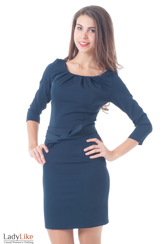 Платье синее с защипами и длинным рукавом Деловая женская одежда