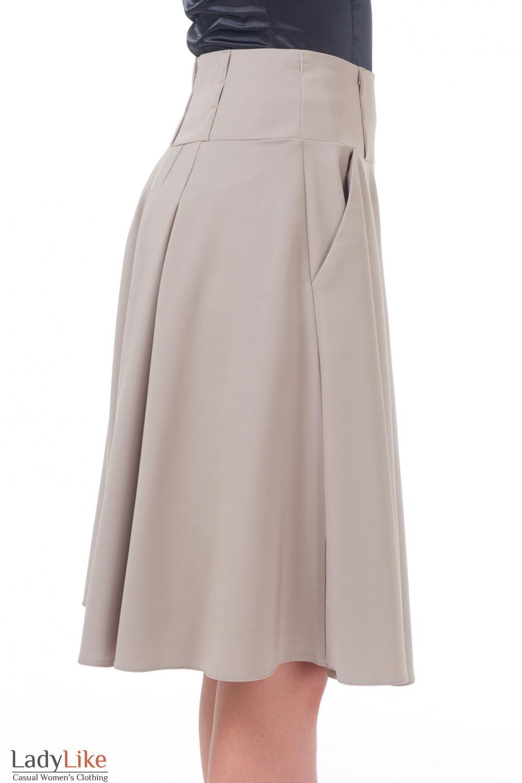 Купить бежевую юбку со складками Деловая женская одежда