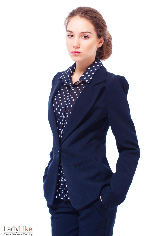 Жакет синий с приподнятыми плечами Деловая женская одежда