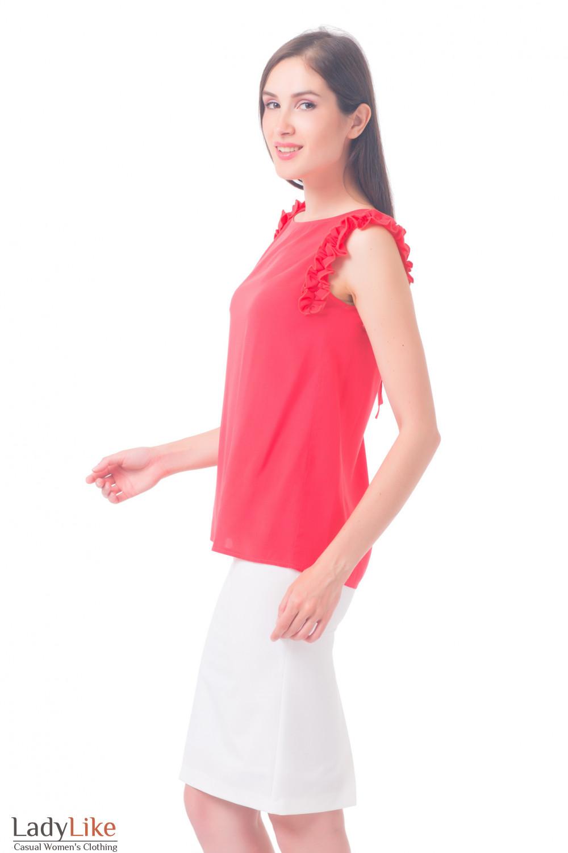 Купить блузку коралловую с рюшем на рукавах Деловая женская одежда