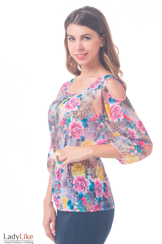 Купить блузку разноцветную с разрезами на плечах Деловая женская одежда