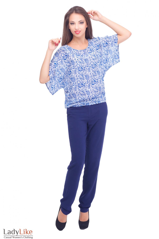Купить блузку из штапеля с синим брюками Деловая женская одежда